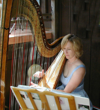 Sonoma county harp teacher and harpist Heather Paschoal plays for a wedding